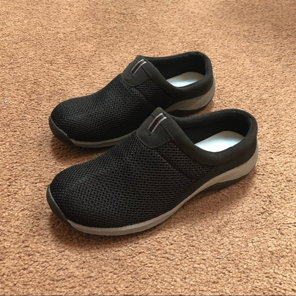 barrow Shoes   Croft Barrow Slip